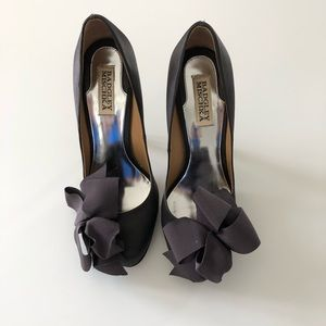 Badgley Mischka Karlisle Bow Heels